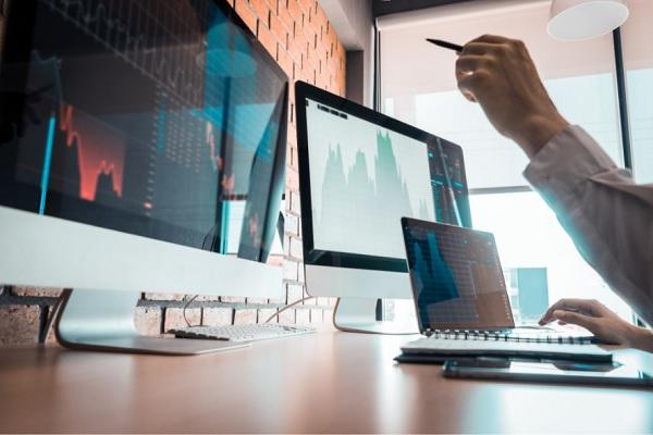 Tự doanh CTCK bán ròng 440 tỷ đồng trong tuần 23-27/8, tập trung 'xả' cổ phiếu ngân hàng
