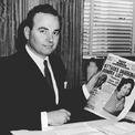<p> Keith Rupert Murdoch sinh ngày 11/3/1931 tại Melbourne (Australia) và tốt nghiệp trường Worcester College thuộc Đại học Oxford (Anh). Cha của ông, cũng tên là Keith Murdoch, là một phóng viên chiến trường và từng điều hành một số tờ báo. Sau khi cha qua đời, Rupert Murdoch trở về quê Australia để tiếp quản công ty của gia đình ở tuổi 22. (Ảnh: <em>Getty Images</em>)</p>