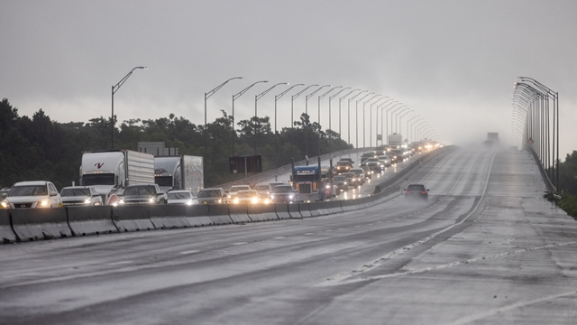 Bang của Mỹ đối mặt cơn bão lớn nhất 170 năm
