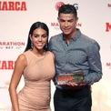 <p> Georgina thích trang điểm đậm, đánh mắt huyền bi với mi cong để đi sự kiện. Ở bất cứ nơi nào cô đến, khi sánh đôi cùng bạn trai Ronaldo, ai nấy đều phải ngỡ ngàng vì cô quá hấp dẫn. Ảnh:<em>Instagram nhân vật</em></p>
