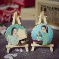 <p> Đặc biệt, dòng tranh thiếu nữ của các họa sĩ Việt như họa sĩ Mai Xuân Tú, thiếu nữ áo dài của họa sĩ Nguyễn Thanh Bình hay tranh của họa sĩ Bùi Xuân Phái được Thùy Dương tô lên tranh đã được nhiều người yêu thích. Phần đa cho rằng Dương đã rất sáng tạo và khéo léo khi mang văn hóa Việt lên một sản phẩm thực phẩm như vậy. Trong ảnh: Tranh thiếu nữ của họa sĩ Nguyễn Thanh Bình.</p>