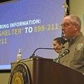 """<p class=""""Normal""""> """"Đây là một trong những cơn bão mạnh nhất đổ bộ nơi này trong thời hiện đại"""", Thống đốc bang Louisiana John Bel Edwards phát biểu tại cuộc họp báo chiều 29/8. Ảnh: <em>The Advocate.</em></p>"""