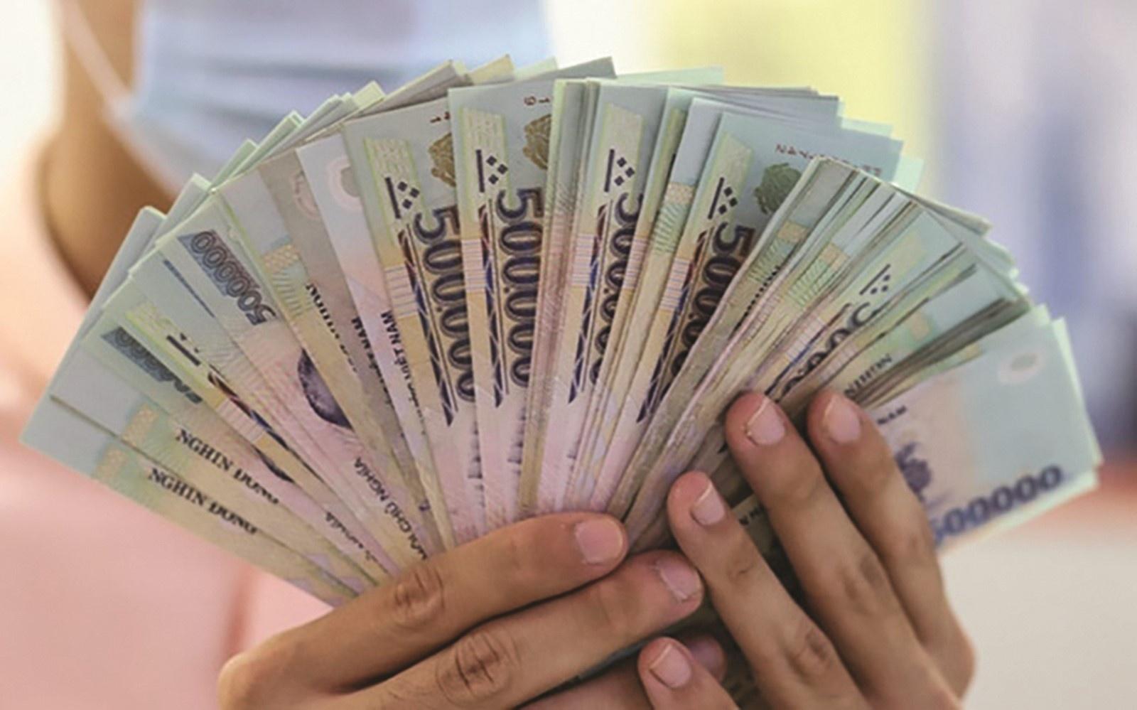 Khoảng 125.800 tỷ đồng trở lại các ngân hàng?