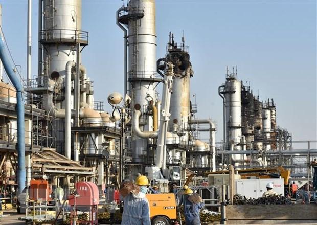 Một cơ sở khai thác dầu của Công ty Aramco ở Abqaiq, Saudi Arabia. (Ảnh: AFP/TTXVN)