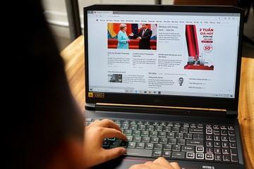 Laptop tầm giá 20 triệu đồng đắt hàng