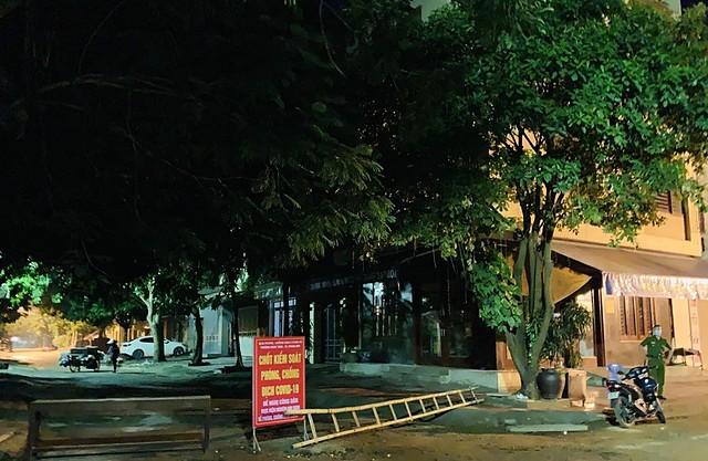 Chủ tịch UBND tỉnh Thanh Hoá vừa có quyết định thực hiện cách ly toàn xã hội trong vòng 7 ngày, kể từ 0 giờ 00 phút ngày 2/9/2021 trên phạm vi toàn thành phố Thanh Hóa.