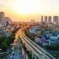<p> Dự án tuyến đường sắt đô thị Hà Nội (đoạn Nhổn-ga Hà Nội), có chiều dài 12,5 km, gồm 8,5 km trên cao và 4 km đi ngầm với tổng mức đầu tư 32.900 tỷ đồng. Theo kế hoạch, công trình này sẽ được đưa vào khai thác thương mại đoạn trên cao cuối năm 2021, đoạn đi ngầm vào cuối năm 2022. <em>Ảnh: Hoàng Hà</em></p>