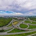<p> Nút giao nối đường vành đai 3 với cao tốc Hà Nội - Hải Phòng. Dự án có tổng mức đầu tư hơn 402 tỷ đồng, được khởi công vào tháng 1/2020, dài gần 1,5 km, chiều rộng mặt đường từ 33-51 m. Sau khi khánh thành, tình trạng ùn tắc giao thông ở hướng Đông Bắc cửa ngõ thủ đô được cải thiện đáng kể. <em>Ảnh: Đức Anh</em></p>