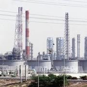 OPEC+ nhất trí duy trì chính sách tăng dần sản lượng dầu thô