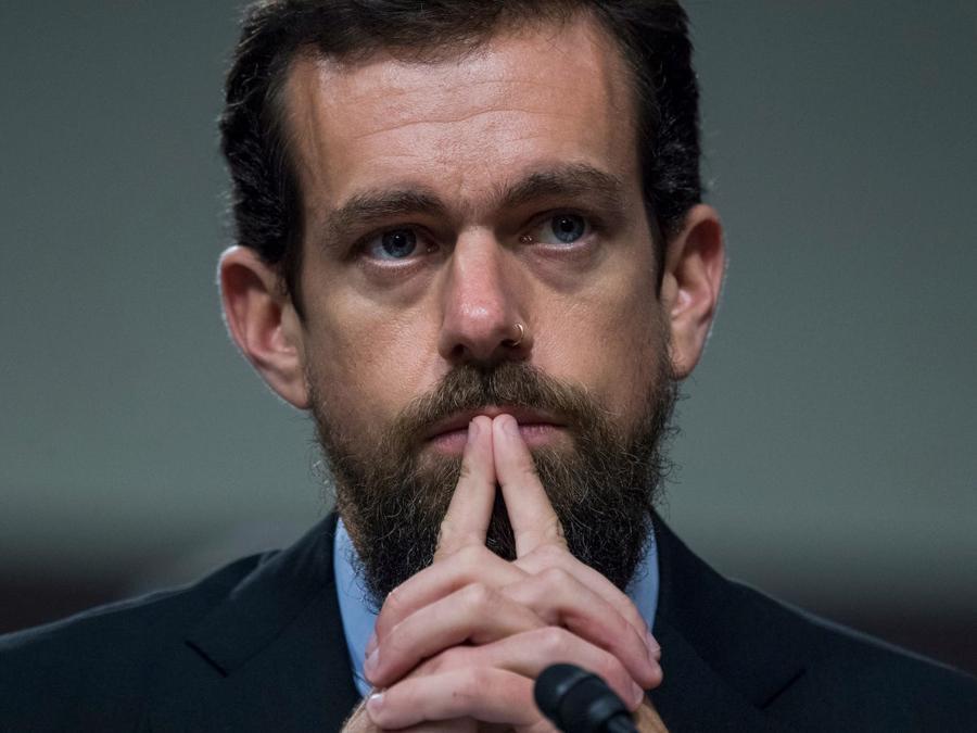 CEO Twitter: Từ nhà sáng lập bị sa thải đến tỷ phú sở hữu khối tài sản gần 15 tỷ USD