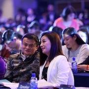 Mối quan hệ với Triệu Vy có thể kéo Jack Ma lún sâu vào khủng hoảng