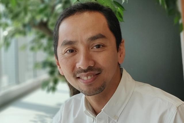 Ông Dono Widiatmoko, giảng viên cao cấp tại Đại học Derby (Anh) kiêm thành viên Hiệp hội Y tế Cộng đồng Indonesia. Ảnh: FBNV.