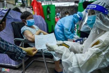 Yêu cầu TP HCM, Hà Nội hoàn thành tiêm vaccine mũi 1 trước 15/9