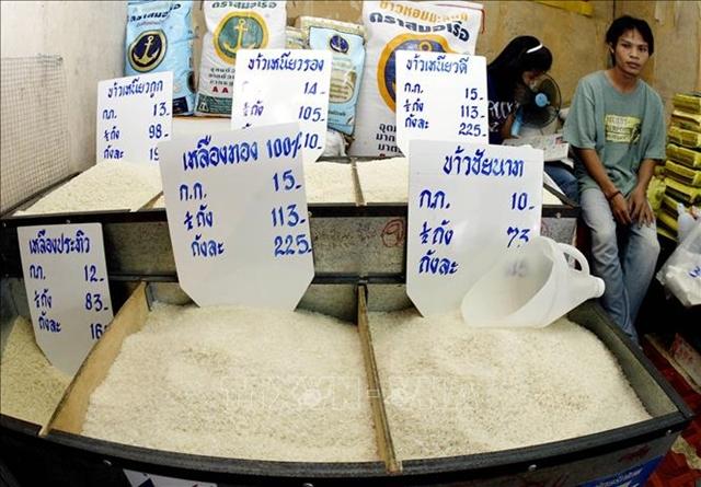 Một cửa hàng bán gạo ở Bangkok, Thái Lan. Ảnh: AFP/TTXVN