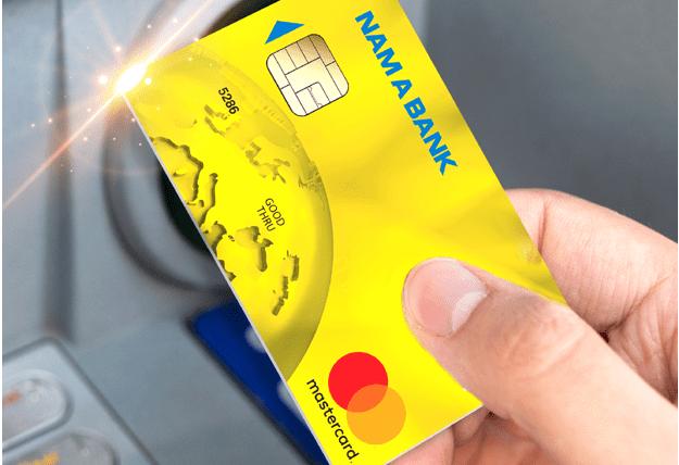 Ngân hàng ưu đãi chi phí thẻ tín dụng. Ảnh: Nam A Bank