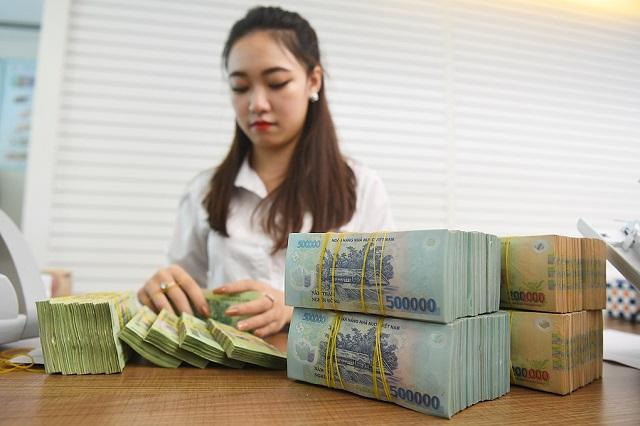 Hạ lãi suất cho vay, yếu tố nào sẽ thúc đẩy lợi nhuận ngân hàng?