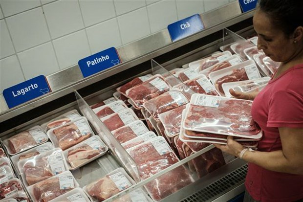 Thịt bò được bày bán trong siêu thị tại Rio de Janeiro, Brazil. (Ảnh: AFP/TTXVN)
