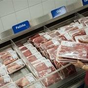 Phát hiện bệnh 'bò điên', Brazil ngừng xuất thịt bò sang Trung Quốc