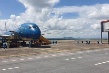 Chuyến bay đầu tiên thí điểm 'Hộ chiếu vaccine' đã tới sân bay Vân Đồn