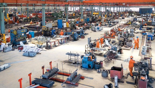 Sản xuất công nghiệp TP HCM giảm gần một nửa do ảnh hưởng của dịch Covid-19