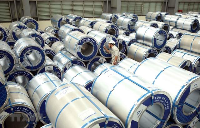 Tăng thuế xuất khẩu phôi thép có thể ảnh hưởng tiêu cực đến ngành sản xuất phôi thép do dư thừa công năng, làm gia tăng hàng tồn kho. (Ảnh minh họa. Nguồn: Vietnam+)