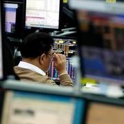 Số liệu thương mại Trung Quốc tích cực, chứng khoán châu Á trái chiều