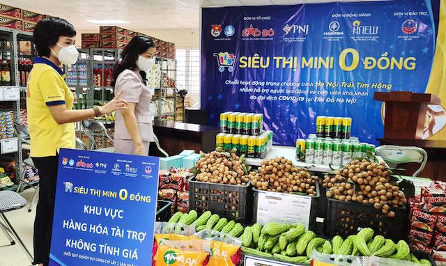 Sở Công Thương Hà Nội hỗ trợ doanh nghiệp hoàn thiện hồ sơ cấp giấy đi đường. Ảnh minh họa.