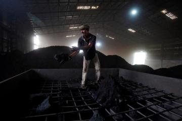 Thiếu cung than nghiêm trọng, Ấn Độ phải kêu gọi các 'mỏ riêng' tăng sản lượng