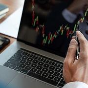 VDSC: Nhóm ngân hàng khả năng biến động mạnh, cổ phiếu vừa và nhỏ không còn nhiều dư địa tăng