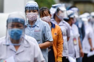 Doanh nghiệp tại TP HCM, Bình Dương lo thiếu công nhân sau 15/9