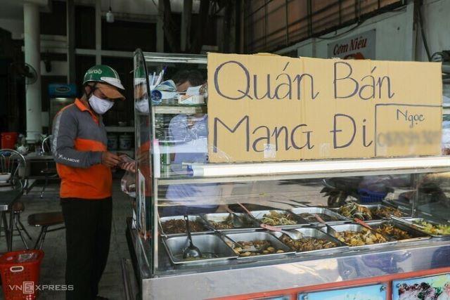 TP HCM cho phép quán ăn bán mang đi