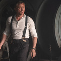 <p> Hình ảnh của James Bond trong phần phim mới sắp được công chiếu vào tháng 10 tới đây cùng chiếc đồng hồ Omega đã gắn liền với tên tuổi của bộ phim suốt 25 năm. Ảnh: <em>Omegawatch</em></p>