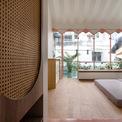 <p> Các không gian sinh hoạt riêng được bố trí ở tầng 2, 3. Tất cả đều theo phong cách đơn giản.</p>