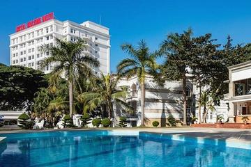 ĐHĐCĐ bất thường RIC: Mục tiêu tăng trưởng bình quân 30%/năm đến 2025, chuẩn bị xây khách sạn 5 sao