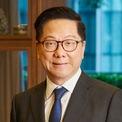 """<p class=""""Normal""""> <strong>8. Andrew Tan</strong></p> <p class=""""Normal""""> Tài sản: 2,6 tỷ USD</p> <p class=""""Normal""""> Lĩnh vực: đa ngành</p> <p class=""""Normal""""> Andrew Tan là Chủ tịch Alliance Global, một tập đoàn kinh doanh trong nhiều lĩnh vực như thực phẩm, đồ uống, game và bất động sản. Là con trai của một công nhân nhà máy, Tan gây dựng tài sản bằng việc phát triển các khu chung cư lớn xung quanh Manila. (Ảnh: <em>Alliance Global Group</em>)</p>"""