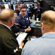 Phố Wall xuống sâu, S&P 500 lần đầu giảm 5 phiên liên tiếp từ tháng 2