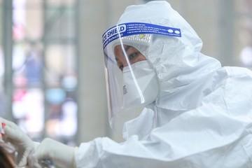 Ngày 11/9: Thêm 11.932 ca nhiễm Covid-19, TP HCM giảm hơn 1.900 bệnh nhân
