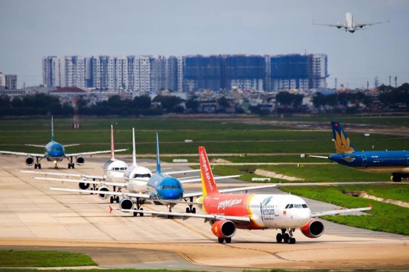 Chiến lược 'Zero Covid' đổ vỡ, hàng không tính kế sống chung với dịch