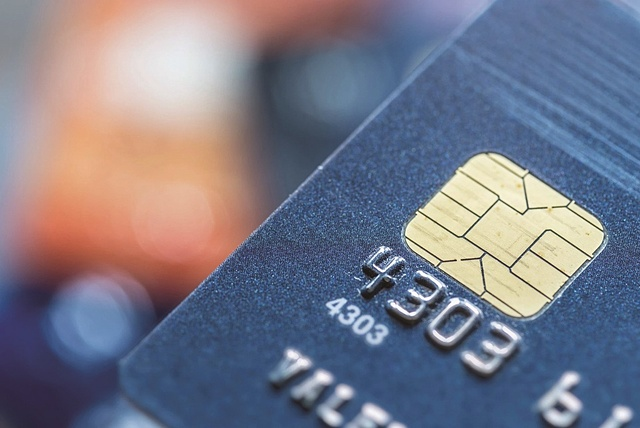 Số lượng thẻ chip chuyển đổi đạt 18,4 triệu thẻ.