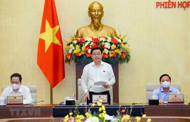 Chủ tịch Quốc hội Vương Đình Huệ phát biểu tại phiên họp thứ 2 Ủy ban Thường vụ Quốc hội.