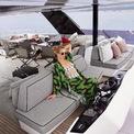"""<p class=""""Normal""""> Tháng trước, nữ ngôi sao nói chuyện trên một show truyền hình rằng sẽ mặc hơn 10 chiếc váy đến từ các nhà mốt quốc tế trong lễ cưới của mình. Trước đó, Paris Hilton cũng khoe chiếc nhẫn đính hôn bằng kim cương được lấy cảm hứng từ quán cà phê La Palette ở Paris, Pháp trị giá khoảng 2 triệu USD.<span>Ảnh:</span><em>parishilton/instagram</em></p>"""