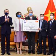Việt Nam nhận thêm gần 1,5 triệu liều vaccine Covid-19 AstraZeneca