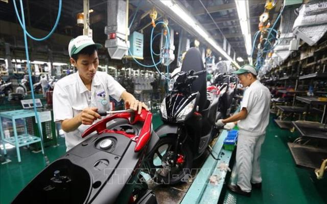 Nhiều nhà sản xuất giảm giá xe