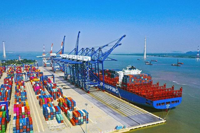 Viconship đã mua lại 36% vốnCảng VIMC Đình Vũ. Ảnh: TTXVN