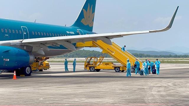 Bộ Tài chính đề xuất thêm gói giải pháp giảm thuế khoảng 20.000 tỷ đồng để hỗ trợ doanh nghiệp, người dân gặp khó khăn do dịch COVID-19, trong đó có nhóm chịu nhiều tác động như hàng không, du lịch...