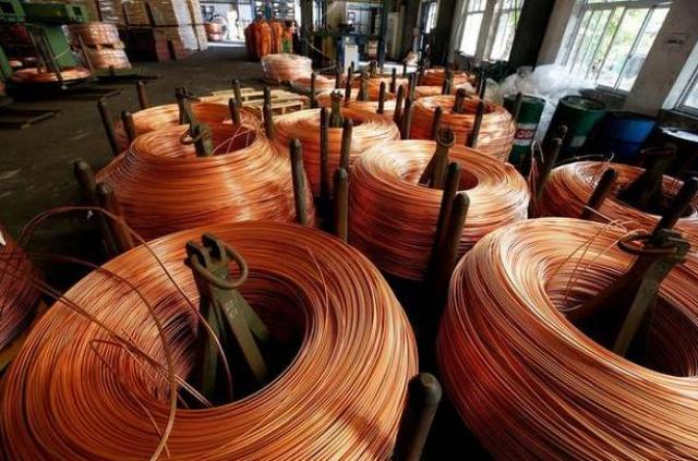 Nhu cầu Trung Quốc đi xuống đẩy dự báo giá đồng giảm hơn 200 USD/tấn