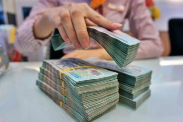 Biến động khoản phát hành giấy tờ có giá của ngân hàng 10 năm qua