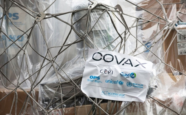 COVAX mới chỉ phân phối khoảng 271 triệu liều vaccine. Ảnh: PAHO.