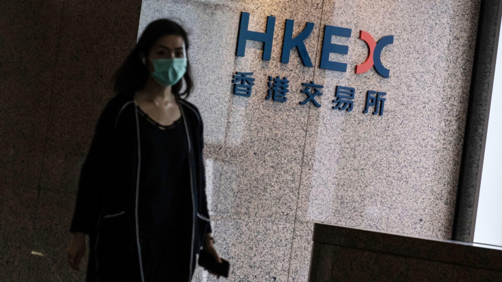 Hang Seng của Hong Kong lao dốc hơn 3%, chứng khoán châu Á giảm