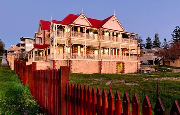 25% người giàu nhất Australia đến từ ngành bất động sản: Những ông trùm nhà đất hàng đầu xứ Kangaroo sống ở nơi như thế nào?